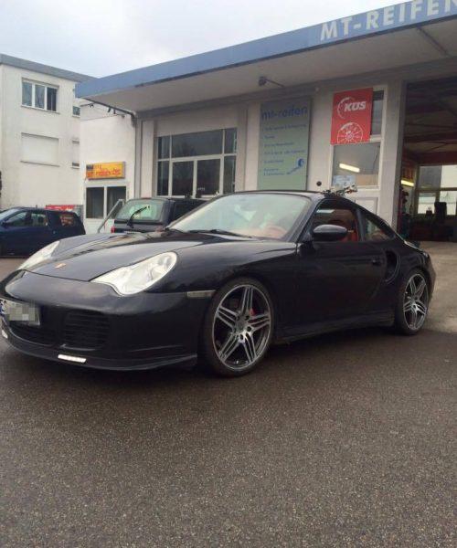 Porsche-schwarz-z